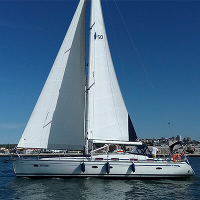 Deluxe Sailing Yacht